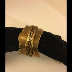 Carvalhu Ernandes free form Brass bracelet